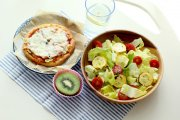 http://www.potrafiszschudnac.pl/article/jak-schudnac-bedac-wegetarianinem/